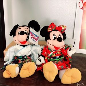 1987 Minnie & Mickey Japan Japanese Plush Dolls